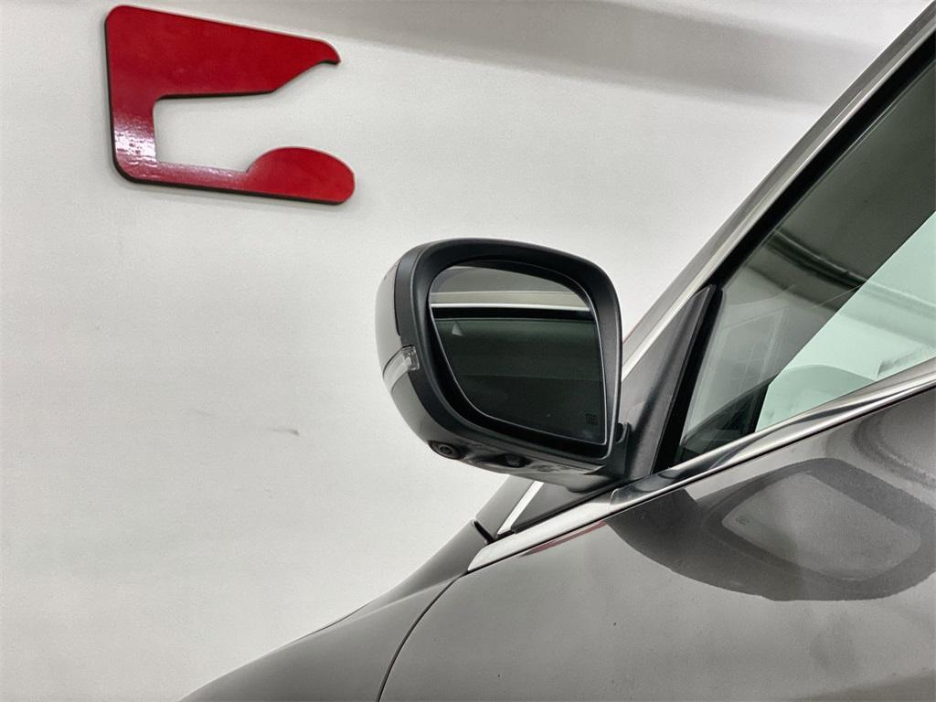 Used 2017 Maserati Quattroporte S Q4 GranLusso for sale $46,888 at Gravity Autos Marietta in Marietta GA 30060 13