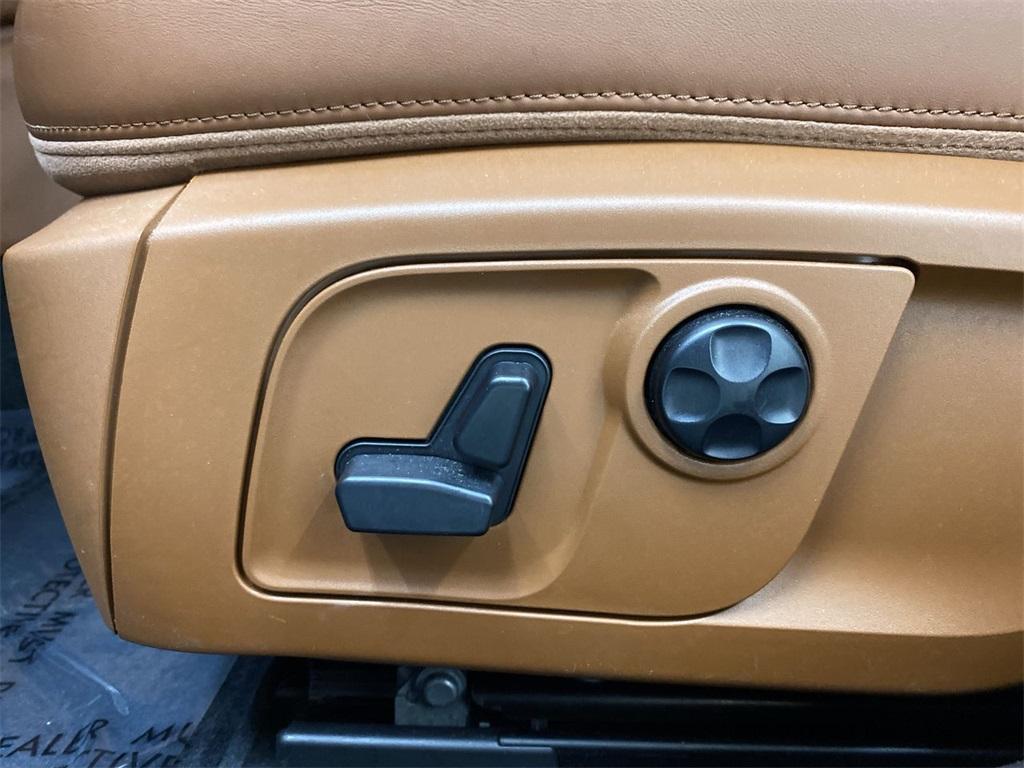 Used 2017 Maserati Quattroporte S Q4 GranLusso for sale $46,888 at Gravity Autos Marietta in Marietta GA 30060 16