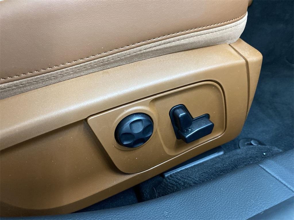 Used 2017 Maserati Quattroporte S Q4 GranLusso for sale $46,888 at Gravity Autos Marietta in Marietta GA 30060 18