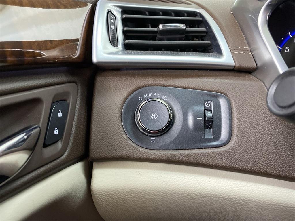 Used 2015 Cadillac SRX Premium for sale $22,444 at Gravity Autos Marietta in Marietta GA 30060 25