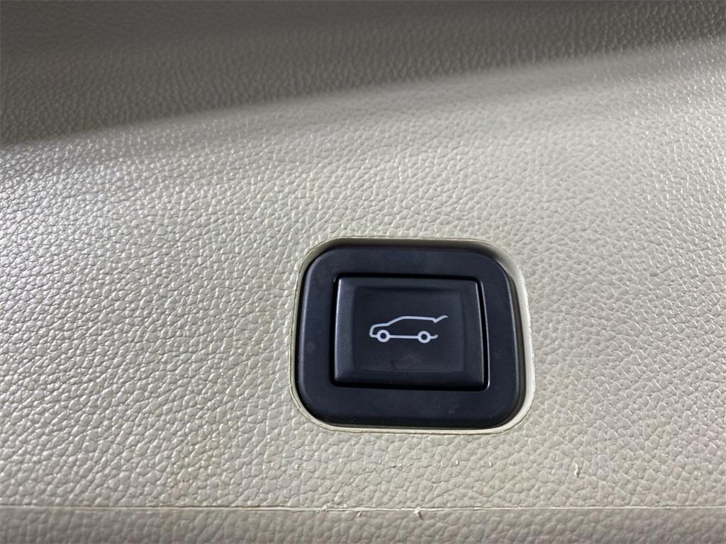 Used 2015 Cadillac SRX Premium for sale $22,444 at Gravity Autos Marietta in Marietta GA 30060 48