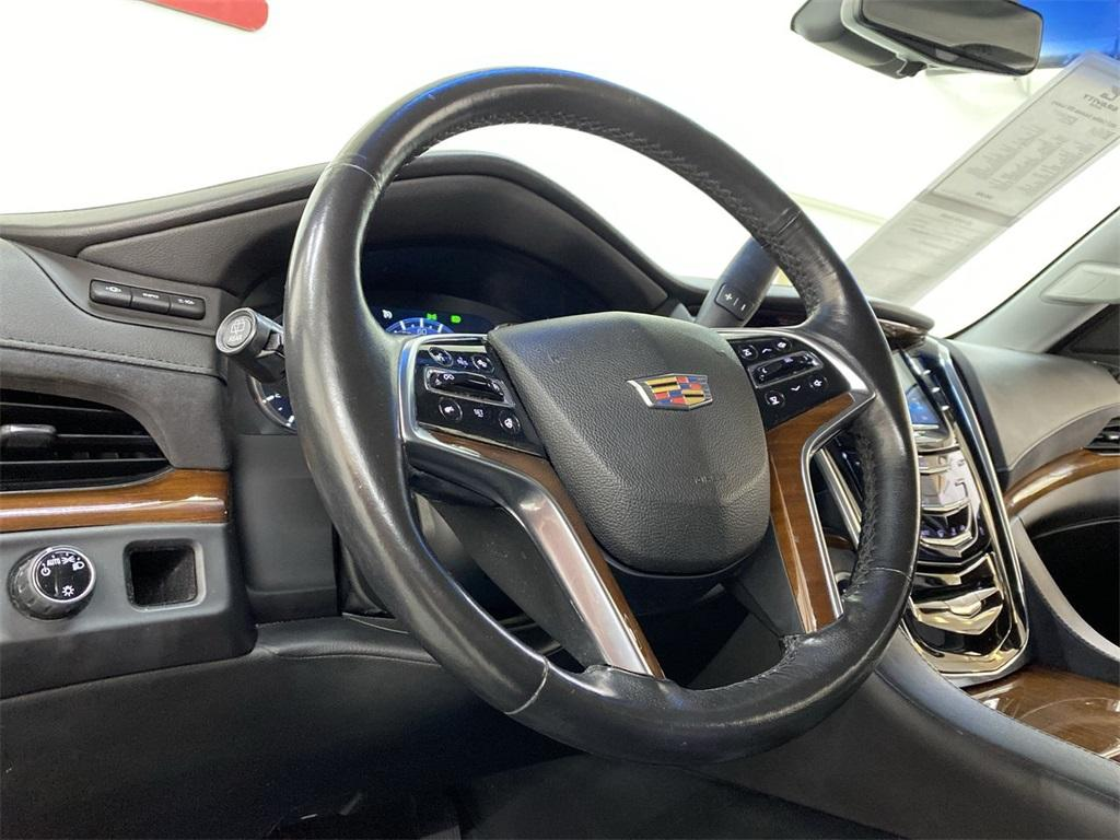 Used 2017 Cadillac Escalade ESV Luxury for sale $47,998 at Gravity Autos Marietta in Marietta GA 30060 22