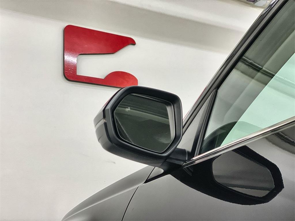 Used 2018 Volkswagen Atlas 3.6L V6 SE w/Technology for sale $31,444 at Gravity Autos Marietta in Marietta GA 30060 13