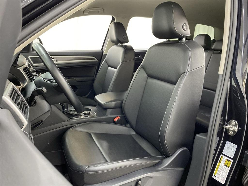 Used 2018 Volkswagen Atlas 3.6L V6 SE w/Technology for sale $31,444 at Gravity Autos Marietta in Marietta GA 30060 15