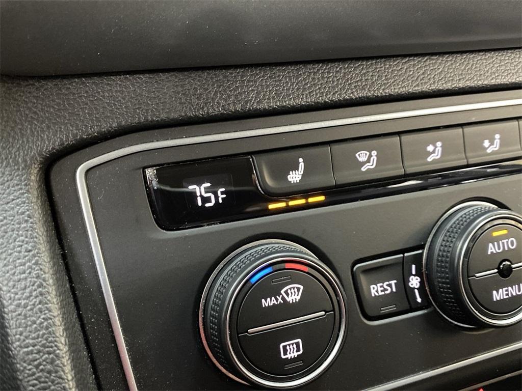 Used 2018 Volkswagen Atlas 3.6L V6 SE w/Technology for sale $31,444 at Gravity Autos Marietta in Marietta GA 30060 29