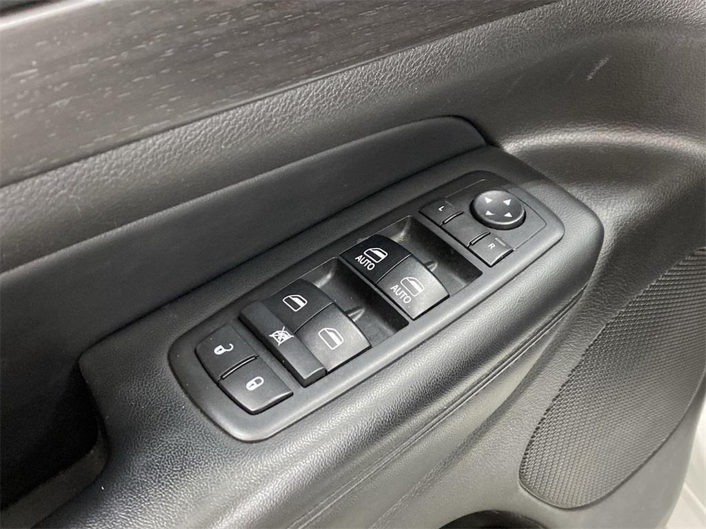 Used 2018 Jeep Grand Cherokee Altitude for sale $31,876 at Gravity Autos Marietta in Marietta GA 30060 19
