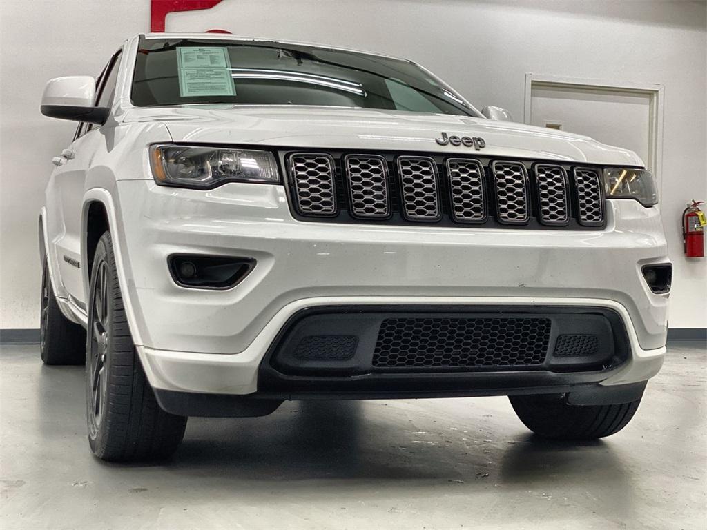 Used 2018 Jeep Grand Cherokee Altitude for sale $31,876 at Gravity Autos Marietta in Marietta GA 30060 3