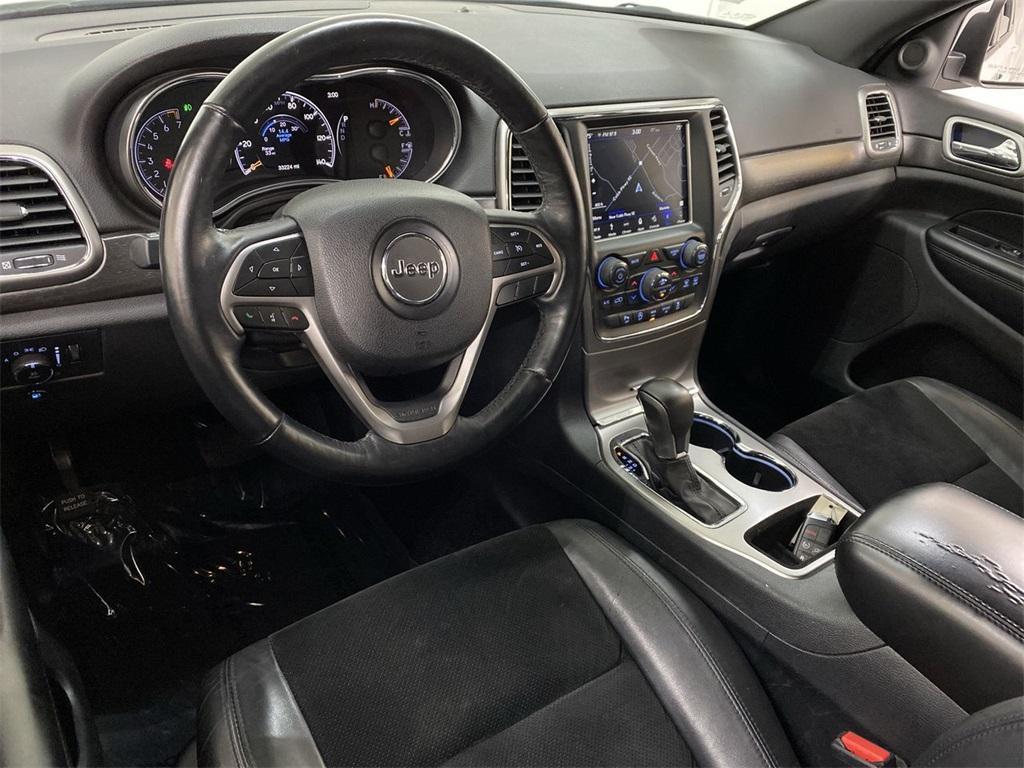 Used 2018 Jeep Grand Cherokee Altitude for sale $31,876 at Gravity Autos Marietta in Marietta GA 30060 39