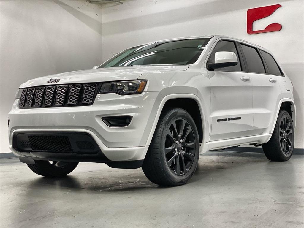 Used 2018 Jeep Grand Cherokee Altitude for sale $31,876 at Gravity Autos Marietta in Marietta GA 30060 5