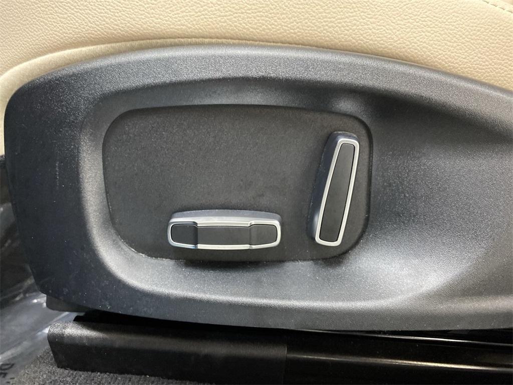 Used 2019 Jaguar F-PACE 25t Premium for sale $36,888 at Gravity Autos Marietta in Marietta GA 30060 16