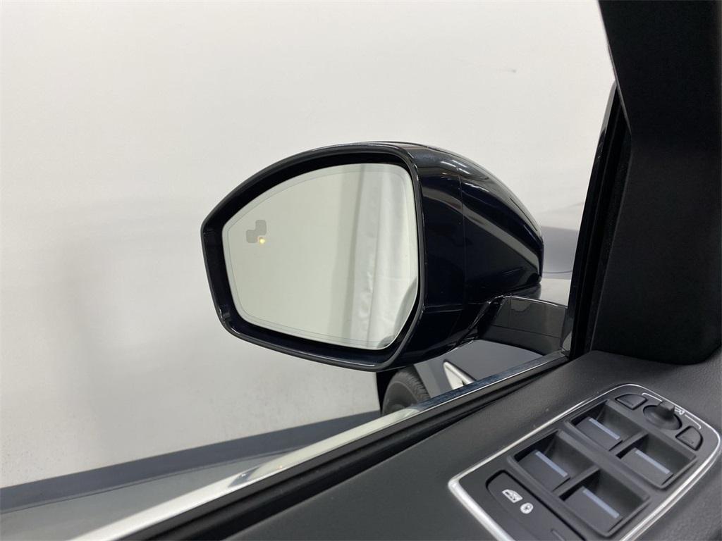 Used 2019 Jaguar F-PACE 25t Premium for sale $36,888 at Gravity Autos Marietta in Marietta GA 30060 21