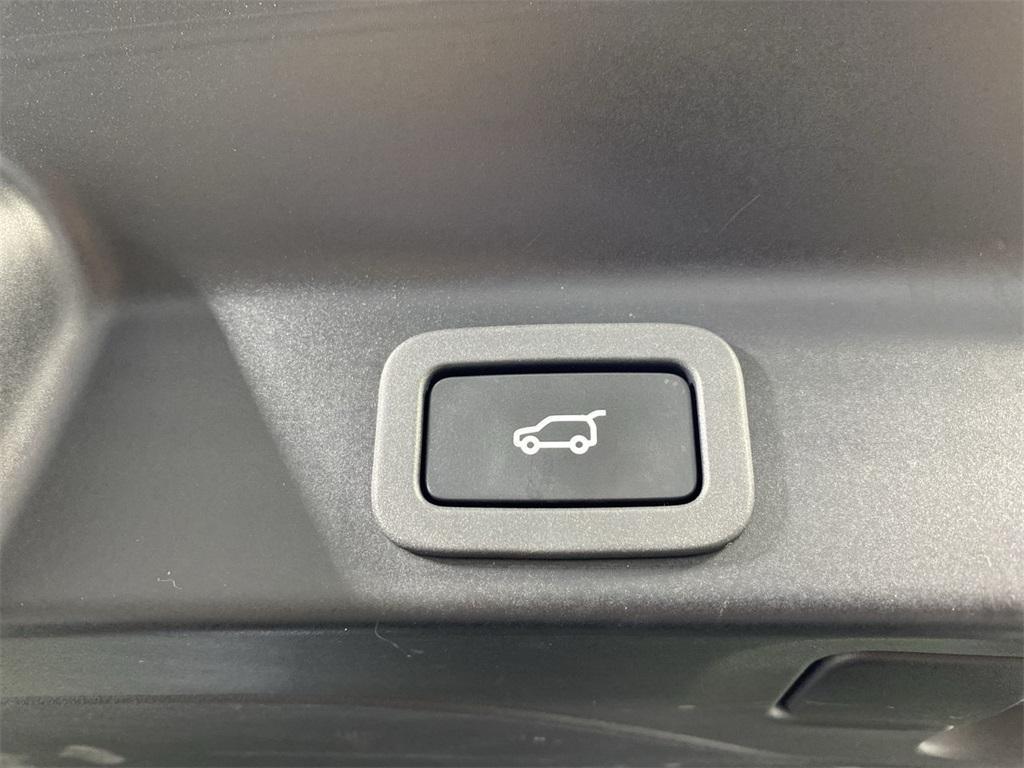 Used 2019 Jaguar F-PACE 25t Premium for sale $36,888 at Gravity Autos Marietta in Marietta GA 30060 49