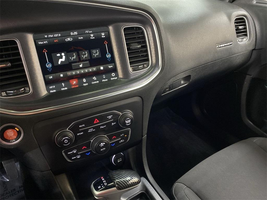 Used 2018 Dodge Charger R/T for sale $34,998 at Gravity Autos Marietta in Marietta GA 30060 37