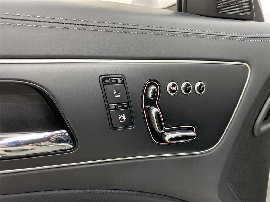 Used 2015 Kia K900 Premium for sale $20,998 at Gravity Autos Marietta in Marietta GA 30060 16