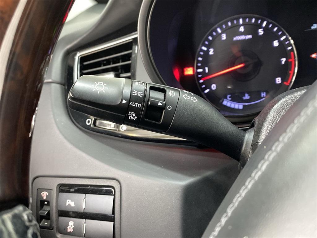 Used 2015 Kia K900 Premium for sale $20,998 at Gravity Autos Marietta in Marietta GA 30060 26
