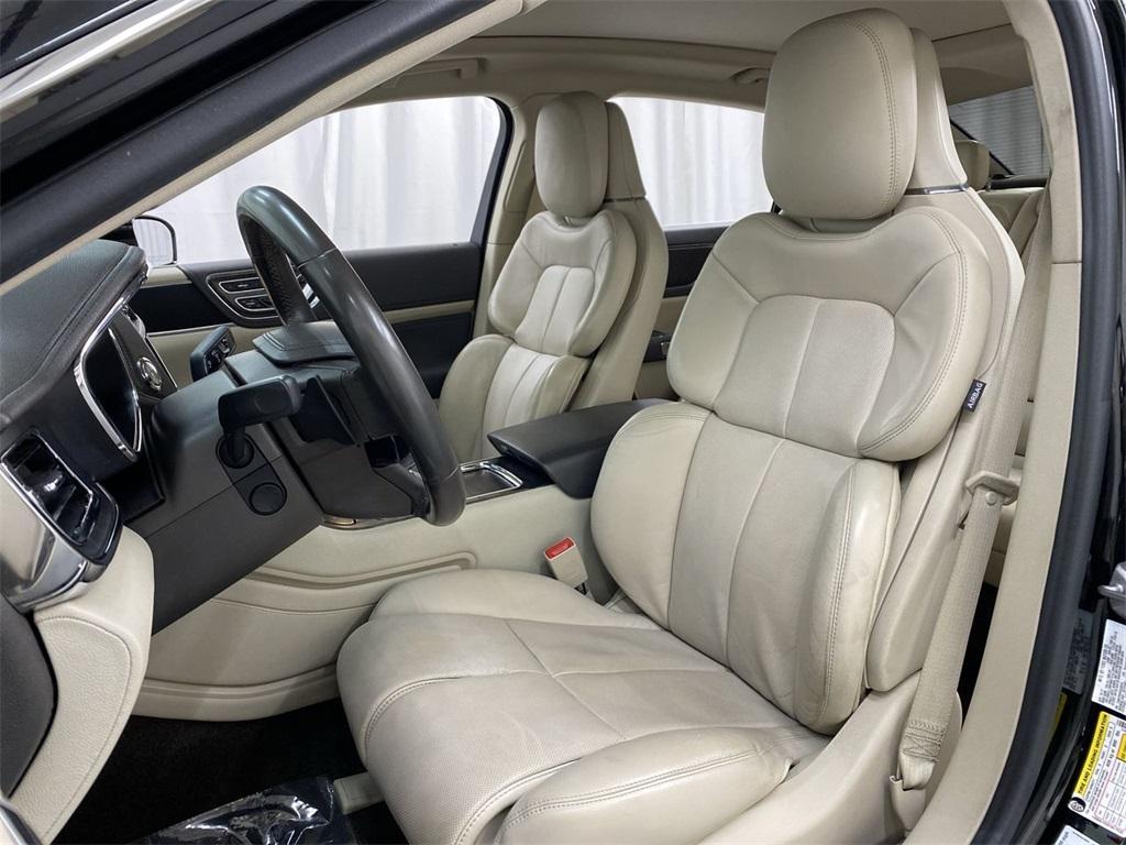 Used 2017 Lincoln Continental Select for sale $29,998 at Gravity Autos Marietta in Marietta GA 30060 15