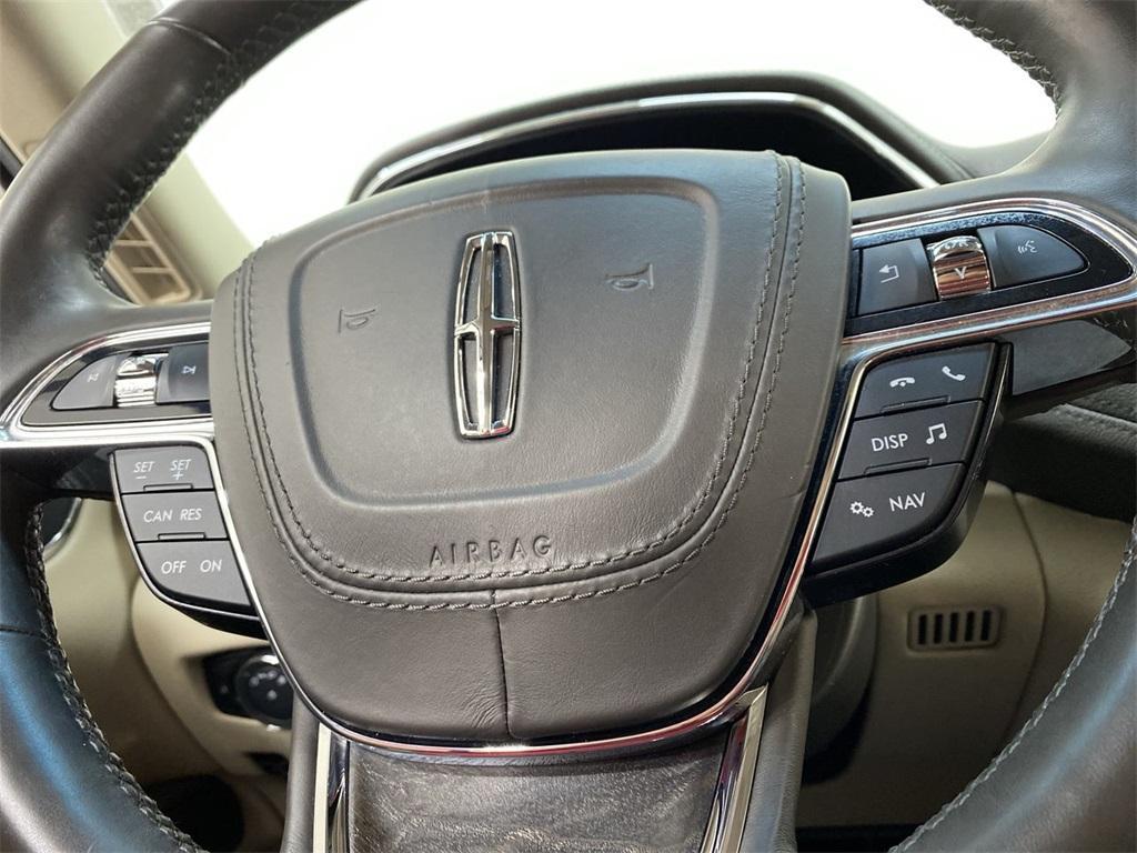 Used 2017 Lincoln Continental Select for sale $29,998 at Gravity Autos Marietta in Marietta GA 30060 25