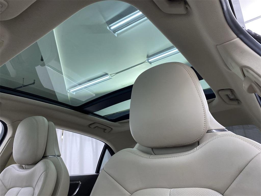 Used 2017 Lincoln Continental Select for sale $29,998 at Gravity Autos Marietta in Marietta GA 30060 39