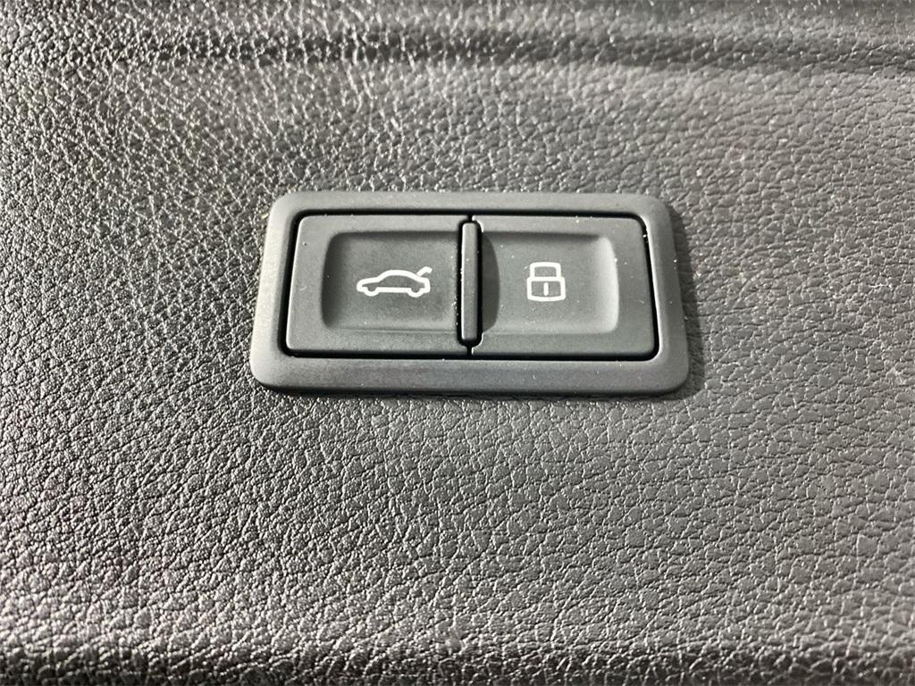 Used 2018 Audi Q5 2.0T Premium Plus for sale $34,998 at Gravity Autos Marietta in Marietta GA 30060 47
