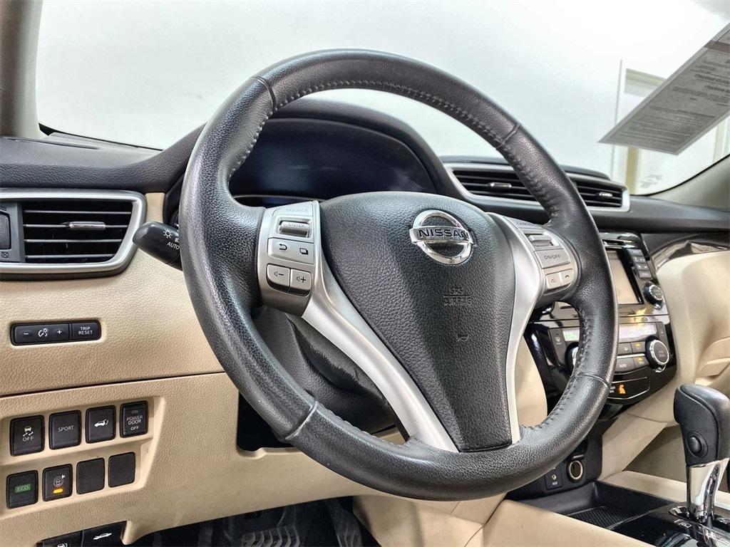 Used 2016 Nissan Rogue SL for sale Sold at Gravity Autos Marietta in Marietta GA 30060 22