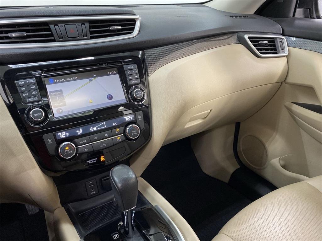 Used 2016 Nissan Rogue SL for sale Sold at Gravity Autos Marietta in Marietta GA 30060 37