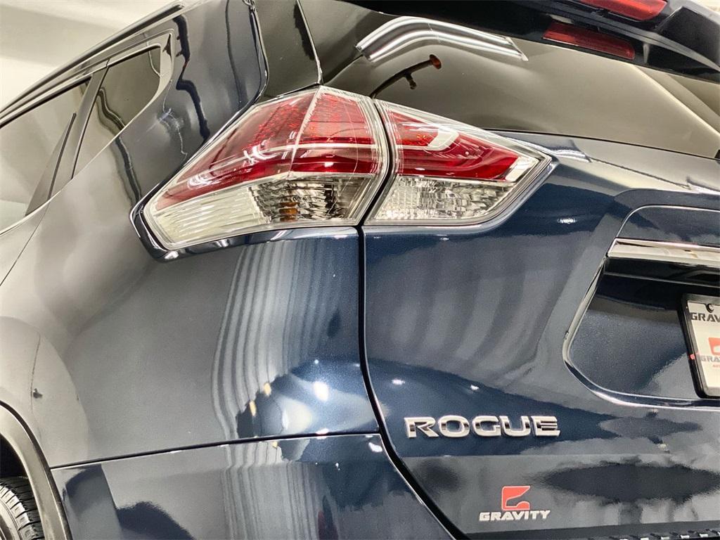 Used 2016 Nissan Rogue SL for sale Sold at Gravity Autos Marietta in Marietta GA 30060 9