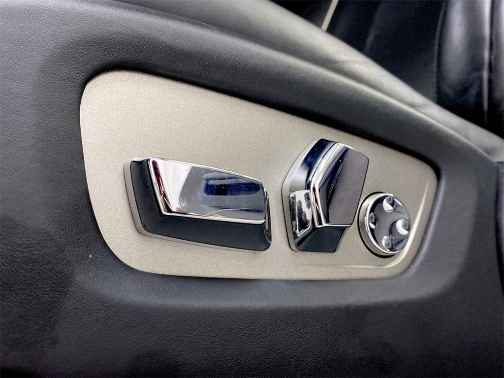 Used 2015 Rolls-Royce Wraith Base for sale $199,995 at Gravity Autos Marietta in Marietta GA 30060 23
