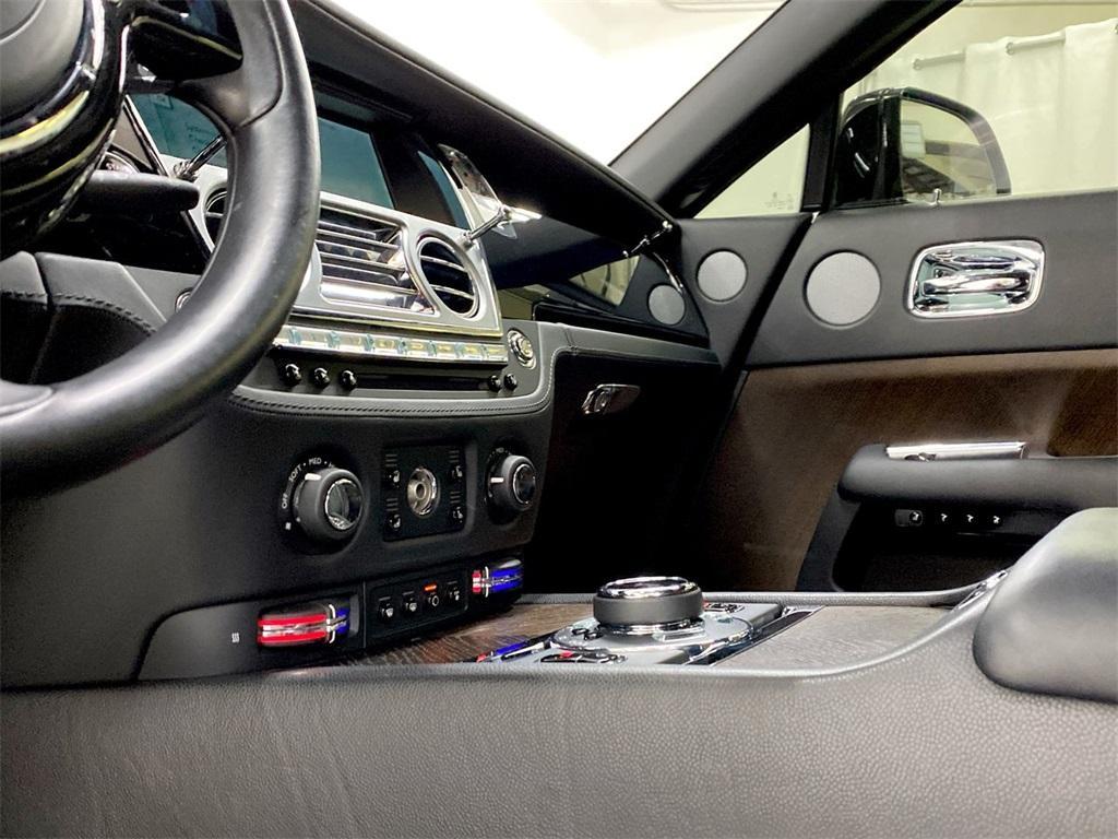Used 2015 Rolls-Royce Wraith Base for sale $199,995 at Gravity Autos Marietta in Marietta GA 30060 29