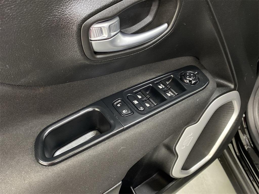 Used 2018 Jeep Renegade Latitude for sale $20,444 at Gravity Autos Marietta in Marietta GA 30060 19