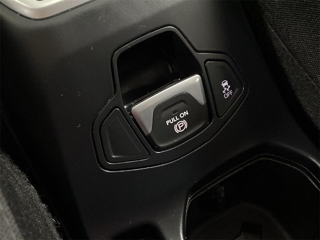Used 2018 Jeep Renegade Latitude for sale $20,444 at Gravity Autos Marietta in Marietta GA 30060 26