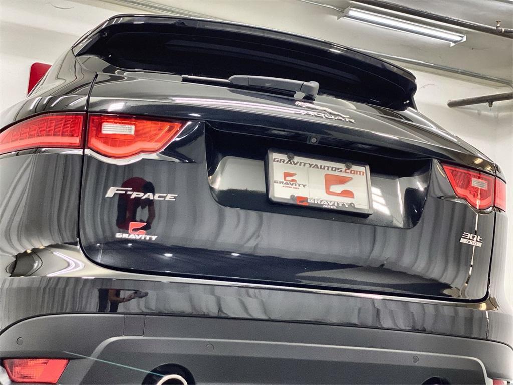 Used 2018 Jaguar F-PACE 30t R-Sport for sale Sold at Gravity Autos Marietta in Marietta GA 30060 10