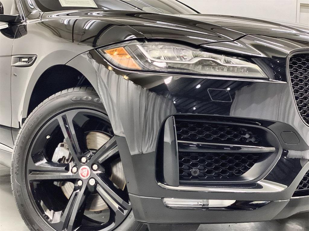 Used 2018 Jaguar F-PACE 30t R-Sport for sale Sold at Gravity Autos Marietta in Marietta GA 30060 8