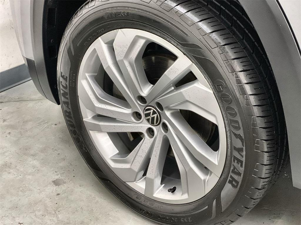 Used 2020 Volkswagen Atlas Cross Sport 3.6L V6 SEL for sale $43,998 at Gravity Autos Marietta in Marietta GA 30060 14