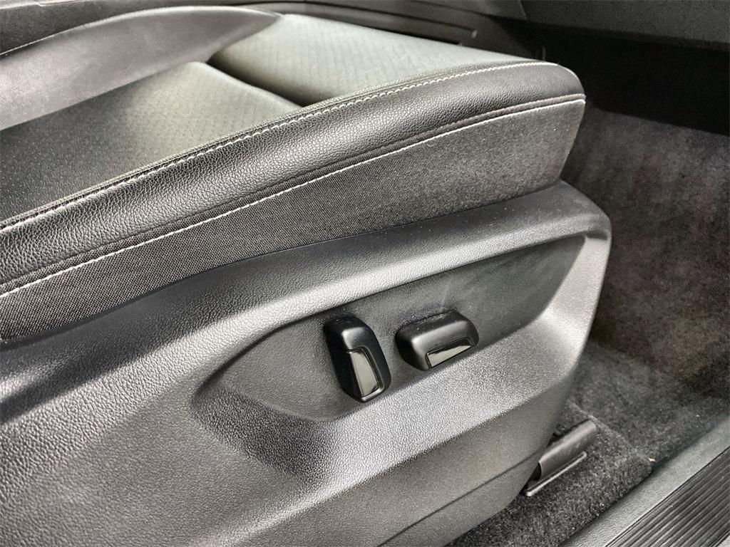 Used 2020 Volkswagen Atlas Cross Sport 3.6L V6 SEL for sale $43,998 at Gravity Autos Marietta in Marietta GA 30060 18