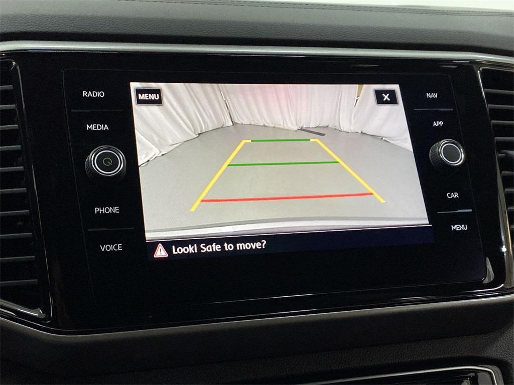 Used 2020 Volkswagen Atlas Cross Sport 3.6L V6 SEL for sale $43,998 at Gravity Autos Marietta in Marietta GA 30060 31