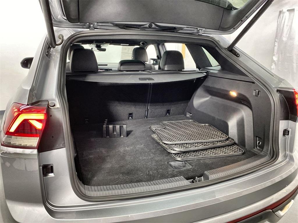 Used 2020 Volkswagen Atlas Cross Sport 3.6L V6 SEL for sale $43,998 at Gravity Autos Marietta in Marietta GA 30060 48