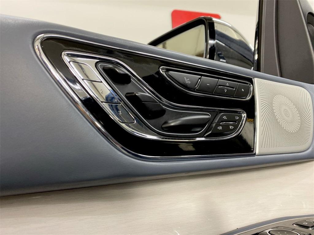 Used 2019 Lincoln Navigator Black Label for sale $81,998 at Gravity Autos Marietta in Marietta GA 30060 16