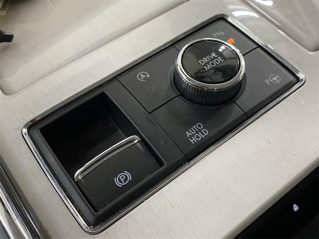 Used 2019 Lincoln Navigator Black Label for sale $81,998 at Gravity Autos Marietta in Marietta GA 30060 39