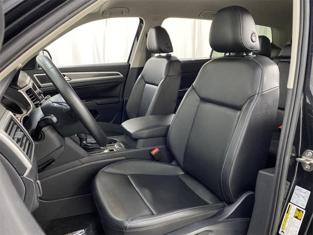 Used 2018 Volkswagen Atlas 3.6L V6 SE w/Technology for sale $31,998 at Gravity Autos Marietta in Marietta GA 30060 15