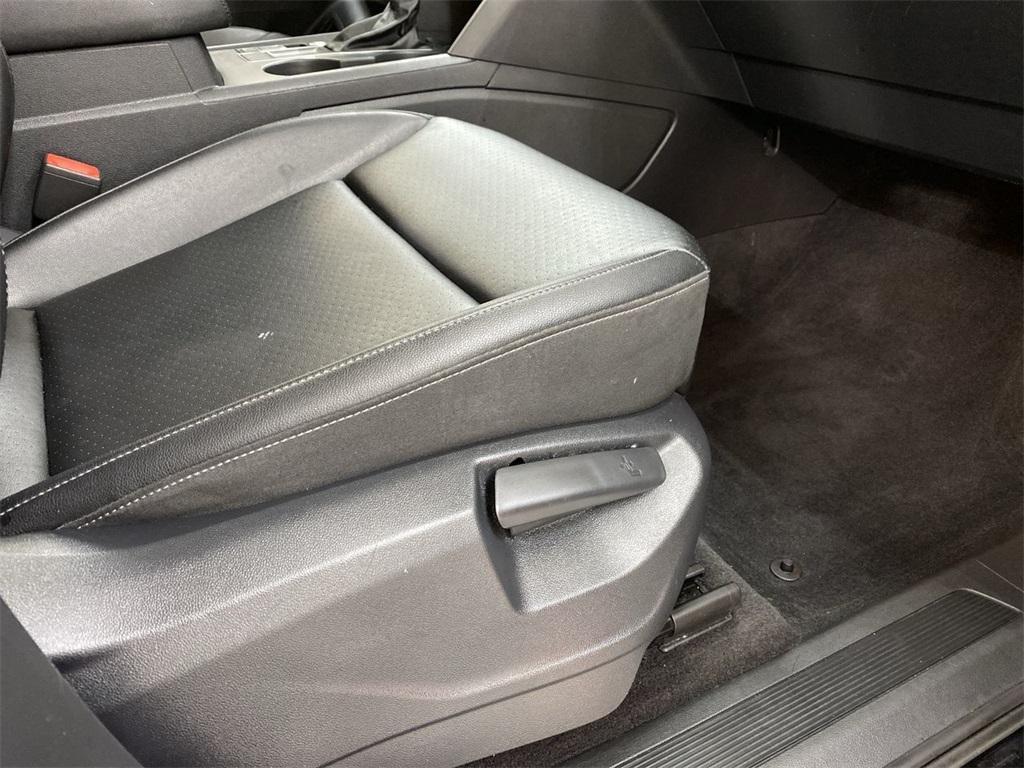 Used 2018 Volkswagen Atlas 3.6L V6 SE w/Technology for sale $31,998 at Gravity Autos Marietta in Marietta GA 30060 18