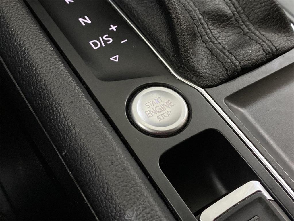 Used 2018 Volkswagen Atlas 3.6L V6 SE w/Technology for sale $31,998 at Gravity Autos Marietta in Marietta GA 30060 27