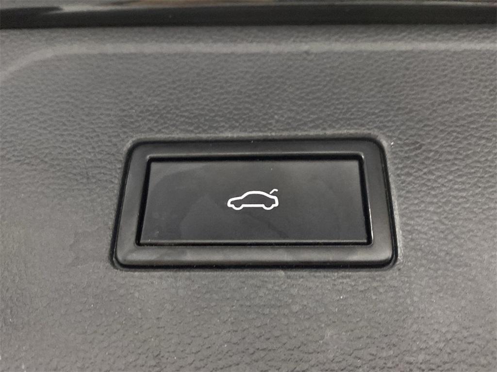Used 2018 Volkswagen Atlas 3.6L V6 SE w/Technology for sale $31,998 at Gravity Autos Marietta in Marietta GA 30060 45