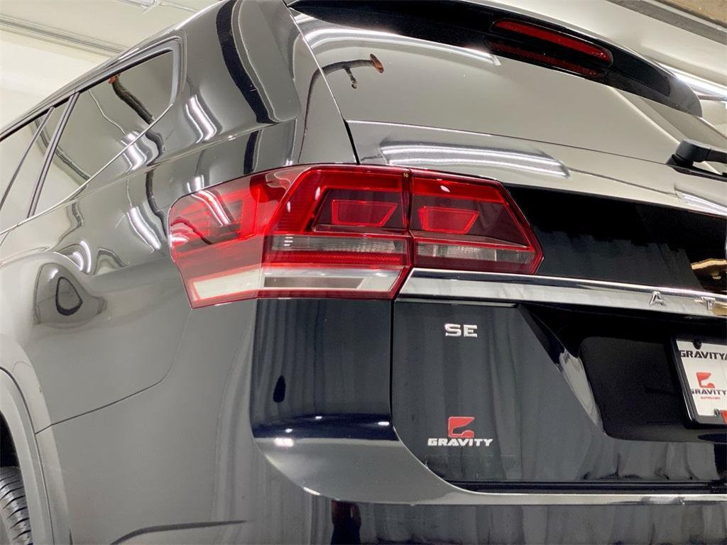 Used 2018 Volkswagen Atlas 3.6L V6 SE w/Technology for sale $31,998 at Gravity Autos Marietta in Marietta GA 30060 9
